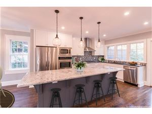 Photo of 676 E Morningside Drive NE, Atlanta, GA 30324 (MLS # 5937176)