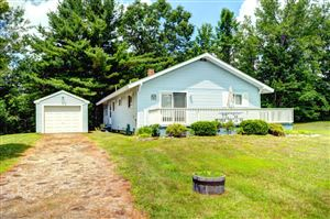 Photo of 15 Lakeview Cir, Hinsdale, MA 01235 (MLS # 220108)