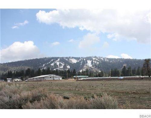 Photo of 154 Sandalwood Drive, Big Bear Lake, CA 92315 (MLS # 2100824)