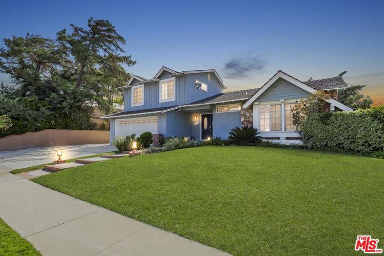 Photo for 23546 COMMUNITY Street, West Hills, CA 91304 (MLS # 17271002)