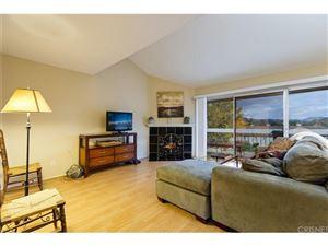 Photo of 725 WARWICK Avenue, Thousand Oaks, CA 91360 (MLS # SR17216097)