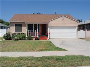 Photo of 19925 ARCHWOOD Street, Winnetka, CA 91306 (MLS # SR17193138)