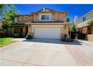 Photo of 28559 DEER SPRINGS Drive, Saugus, CA 91390 (MLS # SR17146151)