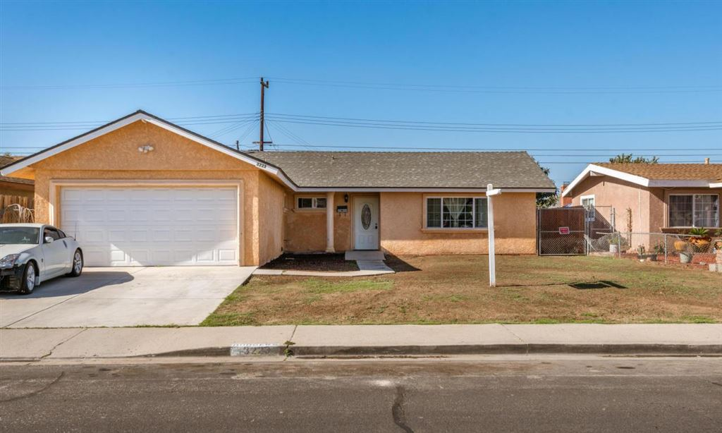 Photo for 3223 MERCED Place, Oxnard, CA 93033 (MLS # 217013253)