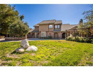 Photo of 21948 PARVIN Drive, Saugus, CA 91350 (MLS # SR17242276)