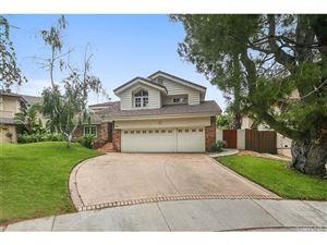 Photo of 4041 BALCONY Drive, Calabasas, CA 91302 (MLS # SR17123288)