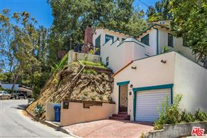 Photo of 8831 LOOKOUT MOUNTAIN Avenue, Los Angeles , CA 90046 (MLS # 17241312)