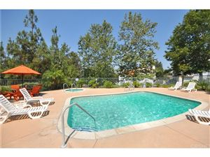 Photo of 331 WESTLAKE VISTA Lane, Thousand Oaks, CA 91362 (MLS # SR17154334)