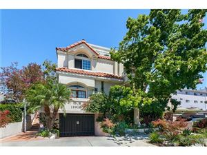 Photo of 12919 BLOOMFIELD Street #4, Studio City, CA 91604 (MLS # SR17193341)