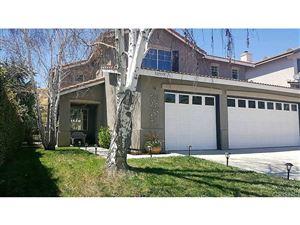 Photo of 30559 PARK VISTA Drive, Castaic, CA 91384 (MLS # SR17137390)