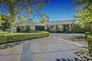 Photo of 718 CALLE MANDARINAS, Thousand Oaks, CA 91360 (MLS # 217012413)