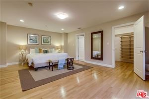 Photo of 2145 GROVELAND Drive, Los Angeles , CA 90046 (MLS # 17242420)
