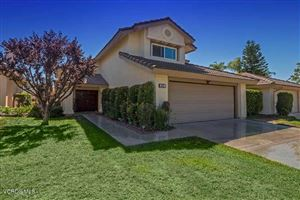 Photo of 40 VALLEY CREST Road, Simi Valley, CA 93065 (MLS # 217010423)
