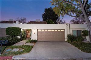 Photo of 628 RACQUET CLUB Lane, Thousand Oaks, CA 91360 (MLS # 217014448)
