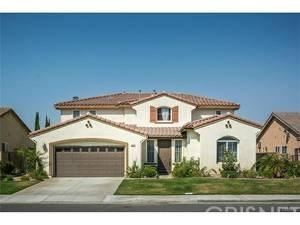 Photo of 29525 BIG BEND Place, Canyon Country, CA 91387 (MLS # SR17241478)
