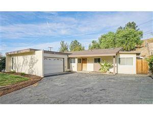 Photo of 22441 LA ROCHELLE Drive, Saugus, CA 91350 (MLS # SR17272480)