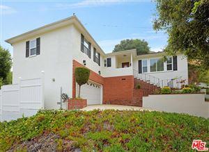 Photo of 904 LARKSTONE Lane, Glendale, CA 91206 (MLS # 17261486)