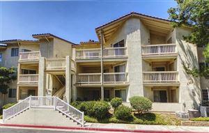 Photo of 5728 OAK BEND Lane #404, Oak Park, CA 91377 (MLS # 217007486)