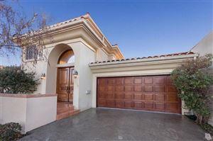 Photo of 32250 OAKSHORE Drive, Westlake Village, CA 91361 (MLS # 217006518)