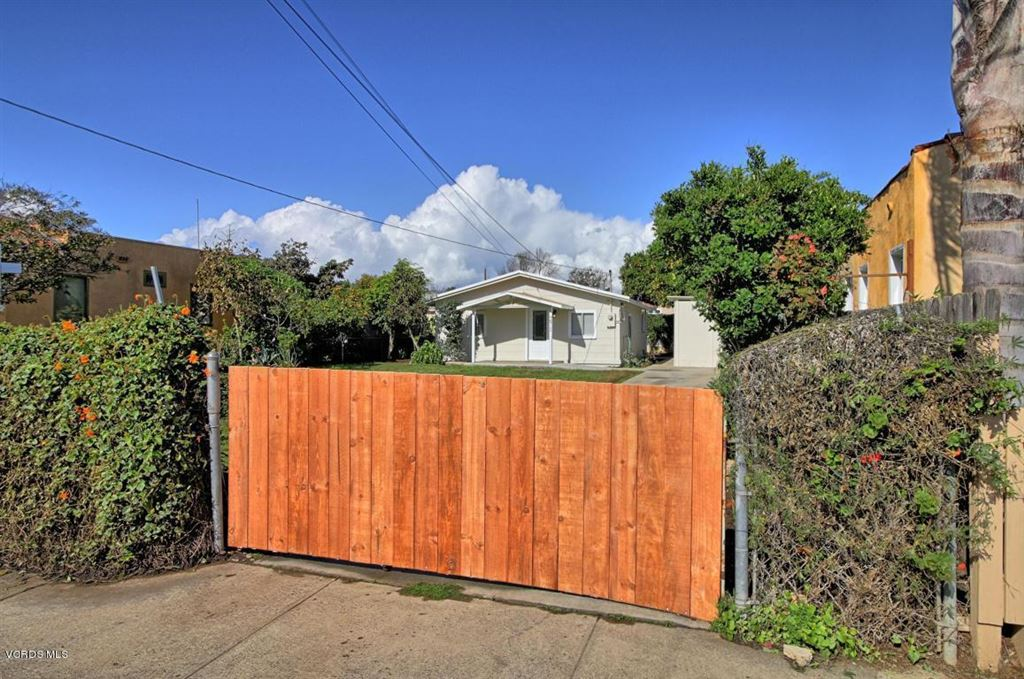 Photo for 271 West PROSPECT Street, Ventura, CA 93001 (MLS # 217012532)