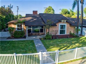 Photo of 13205 MAGNOLIA Boulevard, Sherman Oaks, CA 91423 (MLS # SR17237543)