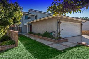 Photo of 868 CHELSEA Court, Simi Valley, CA 93065 (MLS # 217012580)