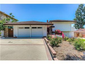 Photo of 9542 SWINTON Avenue, Northridge, CA 91343 (MLS # SR17142584)