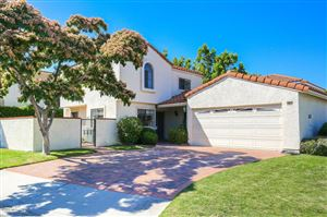 Photo of 885 LINKS VIEW Drive, Simi Valley, CA 93065 (MLS # 217007595)