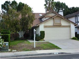 Photo of 4202 LOST SPRINGS Drive, Calabasas, CA 91301 (MLS # SR17247595)