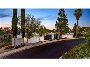 Photo of 11509 DONA DOLORES Place, Studio City, CA 91604 (MLS # SR17183604)