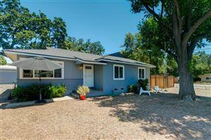 Photo of 702 GRANDVIEW Avenue, Ojai, CA 93023 (MLS # 217007618)