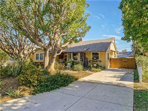 Photo of 5530 ALLOTT Avenue, Sherman Oaks, CA 91401 (MLS # SR17266645)