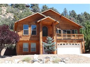 Photo of 2100 WOODLAND Drive, Pine Mountain Club, CA 93222 (MLS # SR17193701)