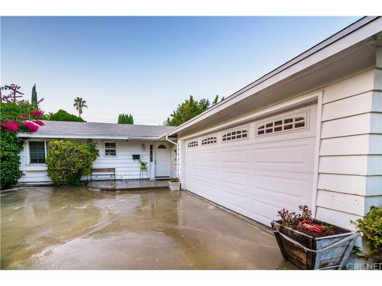 Photo for 24107 HAMLIN Street, West Hills, CA 91307 (MLS # SR17206703)