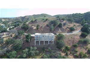 Photo of 8350 HILLCROFT Drive, West Hills, CA 91304 (MLS # SR17196709)