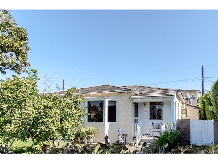 Photo for 1240 North CLYBOURN Avenue, Burbank, CA 91505 (MLS # SR17230751)
