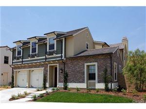 Photo of 164 MAYFLOWER Street, Thousand Oaks, CA 91360 (MLS # SR17159755)