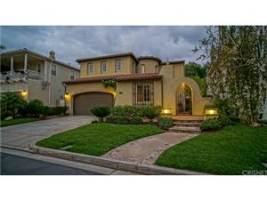 Photo of 24607 GARLAND Drive, Valencia, CA 91355 (MLS # SR17247772)