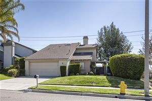 Photo of 2420 PINEWOOD Place, Simi Valley, CA 93065 (MLS # 217012778)