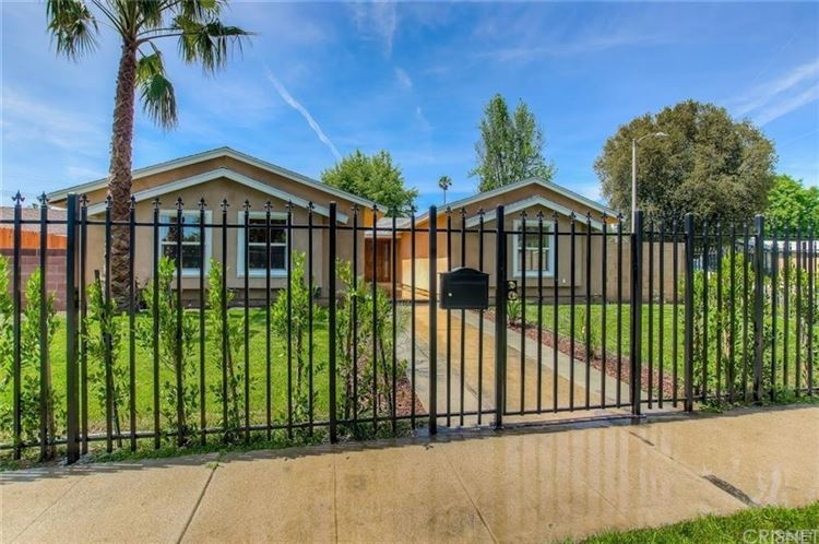 Photo for 7465 FAUST Avenue, West Hills, CA 91307 (MLS # SR17212783)