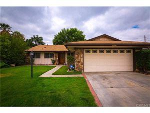 Photo of 23041 HILSE Lane, Newhall, CA 91321 (MLS # SR17142794)