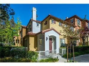 Photo of 23449 ABBEY GLEN Place, Valencia, CA 91354 (MLS # SR17141803)