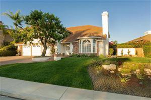 Photo of 1300 DUMAINE Avenue, Oak Park, CA 91377 (MLS # 217007823)