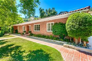 Photo of 1336 INVERNESS Drive, Pasadena, CA 91103 (MLS # 817000827)
