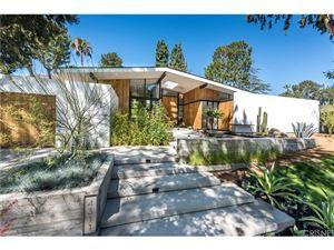 Photo of 4311 NOELINE Avenue, Encino, CA 91436 (MLS # SR17193858)