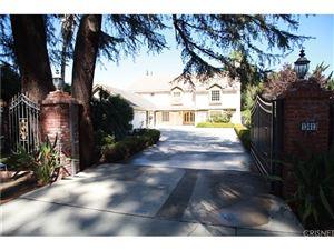 Photo of 13413 CHANDLER, Sherman Oaks, CA 91401 (MLS # SR17231866)