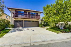 Photo of 363 COUNTRYSIDE Road, Oak Park, CA 91377 (MLS # 217011881)