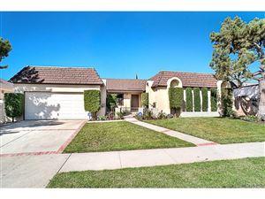 Photo of 9049 PETIT Avenue, Northridge, CA 91343 (MLS # SR17216893)