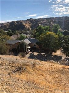 Photo of 29618 FITCH Avenue, Canyon Country, CA 91351 (MLS # SR17236899)