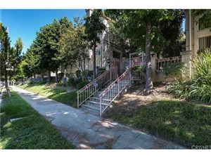 Photo of 15750 DEVONSHIRE Street, Granada Hills, CA 91344 (MLS # SR17138900)